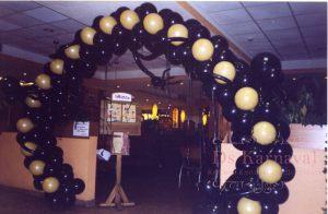 Декор свадеб аркой из шаров дешево