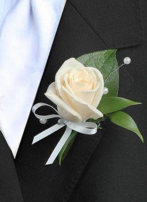 бутоньерка на свадьбу дешево