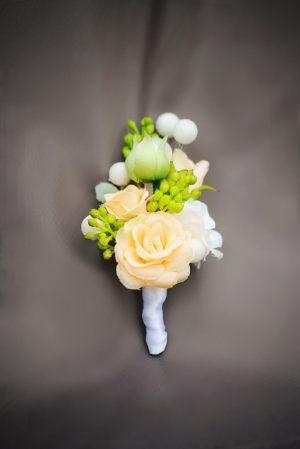 бутоньерка для свадеб красиво