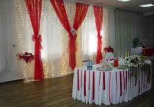 Украшение свадеб в алом цвете фото и цены