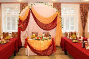 Оформление свадьбы в бордовом цвете в Москве