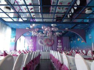 Украшение на свадьбу в фиолетовом цвете оригинально