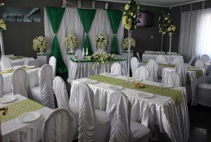 Оформление на свадьбу в изумрудном цвете красиво