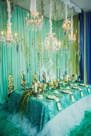 Декор свадьбы в изумрудном цвете в Москве