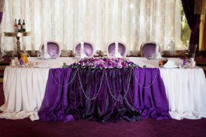 Декор свадьбы в пурпурном цвете недорого в Москве
