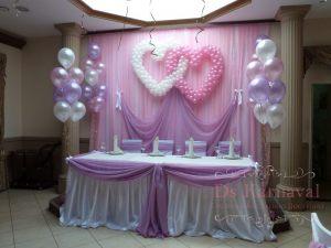 Украшение свадьбы в пурпурном цвете оригинально