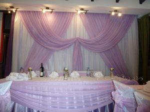 Оформление на свадьбу в пурпурном цвете дешево
