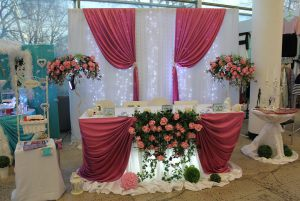 Оформление свадьбы в вишневом цвете оригинально