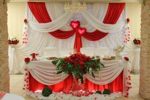 Украшение свадеб в вишневом цвете недорого