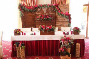 Украшение свадьбы в вишневом цвете недорого