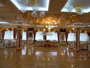 Украшение свадьбы в ярком тоне красиво