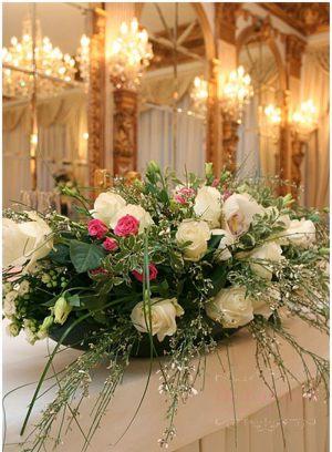 Декор свадеб композицией цветов в вазах фото и цены