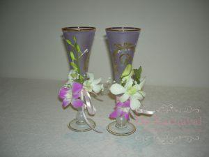 Украшение на свадьбу композицией цветов в бокалах цены
