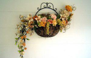 Украшение свадьбы композицией цветов на стенах фото и цены