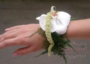 браслеты из цветов для подружек невесты для свадьбы недорого цены