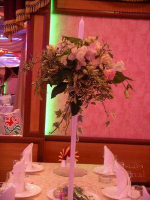 Оформление свадьбы комбинированной композицией из цветов недорого в Москве