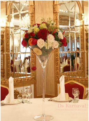 Украшение на свадьбу маленькой композицией цветов недорого цены