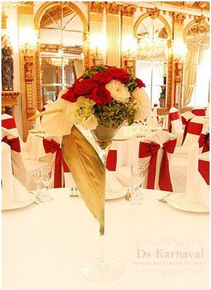 Оформление на свадьбу маленькой композицией цветов недорого цены