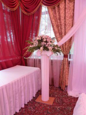 Декор на свадьбу напольной композицией цветов фото и цены
