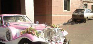 Украшение машины цветами к свадьбе в Москве