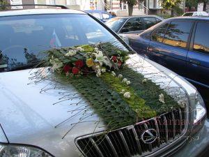 Украшение машины цветами к свадьбе недорого цены