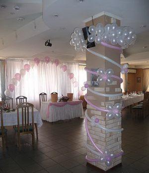 Украшение колонн для свадеб оригинально
