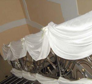 Оформление лестницы на свадьбу фото