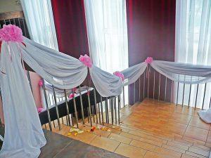 Оформление лестницы для свадеб недорого в Москве