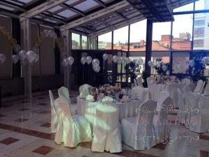 чехлы для стульев на свадьбу красиво