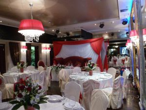 Декор ресторана на свадьбу тканью дешево